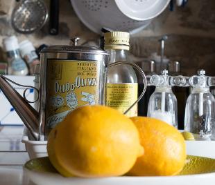 Oliwa z oliwek oraz cytryny